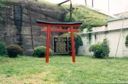 Memorial Torii to those who lost their lives in Kami Seya fire